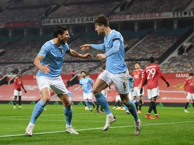 El City gana en Old Trafford y avanza a la final