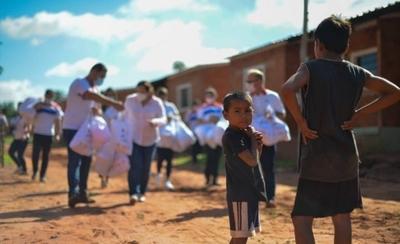 HOY / SND y COP llevan a niños indígenas sus Reyes Magos