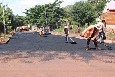 Proyectan obras de pavimentación en más de 60 tramos