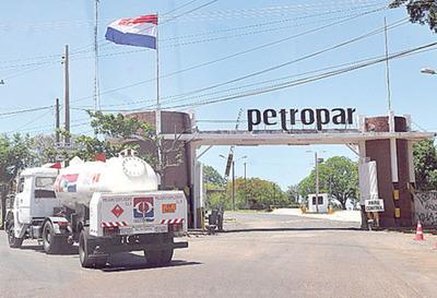 Diputado pide recurrir a la interpelación del titular de Petropar