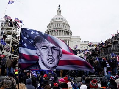 """Trump acepta que acaba su mandato y promete """"transición ordenada"""""""
