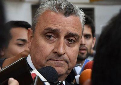 Oscuros antecedentes empañan carrera política del Jefe de Gabinete de Marito