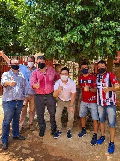 Politizan entrega de regalos en Coronel Oviedo – Prensa 5