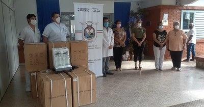 La Nación / Itapúa: entregaron equipamientos para UTI y salas de reanimación