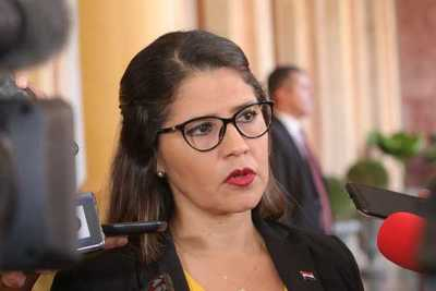 Funcionarios penitenciarios amenazaron con «correr sangre», según ministra