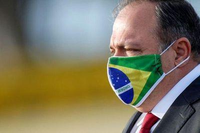 Pazuello dice que Brasil está listo para comenzar la vacunación en enero
