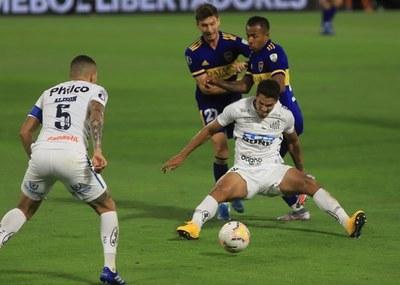 Boca empató sin goles con Santos y la búsqueda de la final de la Libertadores quedó abierta