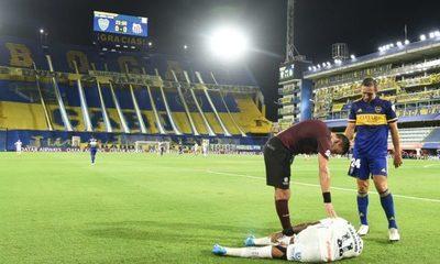 Santos apunta contra el arbitraje tras el empate ante Boca Juniors