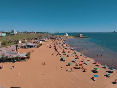 Mazzoleni anuncia que desde el 16 de enero habilitan playas, balnearios y futbolacho