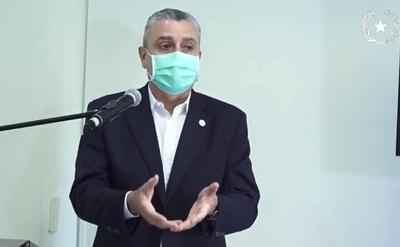 """Villamayor se aferra al cargo y habla de """"preocupación"""" por su renuncia"""