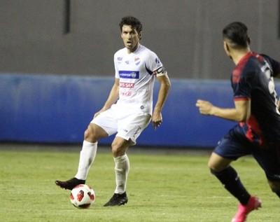 Cristian Riveros firma el que podría ser su último contrato