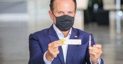 La Nación / Gobernador brasileño asegura que pidió autorización para vacuna china CoronaVac
