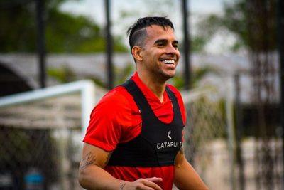Javier Báez es nuevo jugador de Libertad