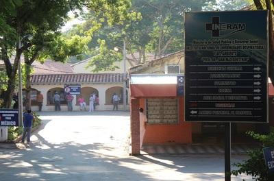 Covid-19: preocupa cantidad de pacientes jóvenes que ingresan al Ineram