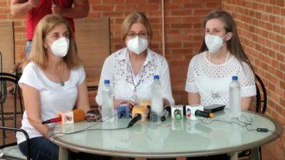 Familias de Óscar Denis insisten en   cooperación internacional al Gobierno