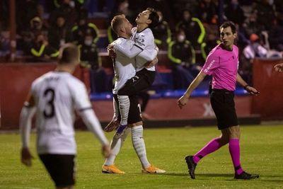 Valencia resuelve en un gran inicio