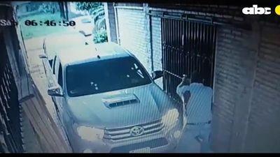 Hombre herido al repeler de su casa a tiros a delincuentes fuertemente armados