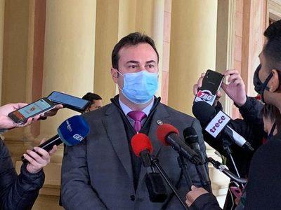 """Gubetich en desacuerdo con el régimen especial de aporte a IPS: """"Se le esta privilegiando a un solo sector"""""""
