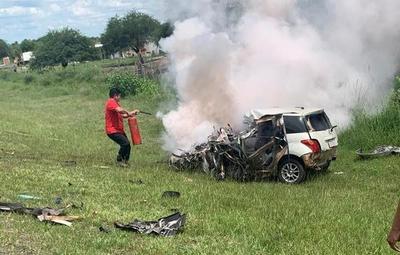 Ñeembucú: Conductor pierde la vida tras choque frontal con camión