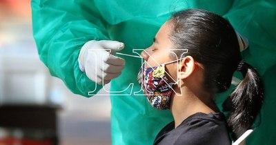 La Nación / Se suman más de 1.100 casos positivos de COVID-19 en un solo día