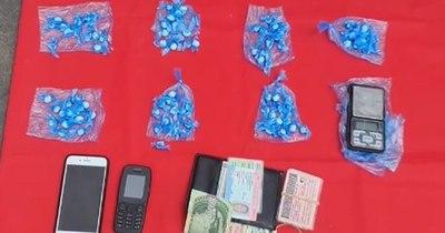 La Nación / Senad detiene a principal distribuidor de drogas de San Bernardino con 160 bochas de cocaína
