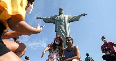 La Nación / La pandemia no da tregua a Brasil, que contabiliza ya más de 200.000 muertos