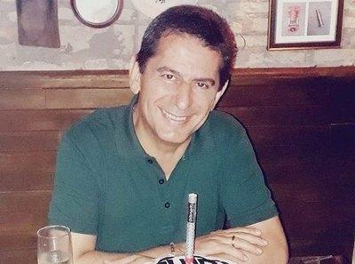 """Crónica / Periodista es denunciado por unas facturas """"mau"""""""