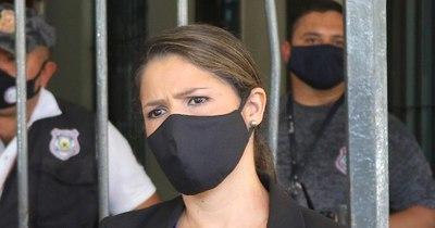 La Nación / Ex funcionarios amenazan a la ministra de Justicia