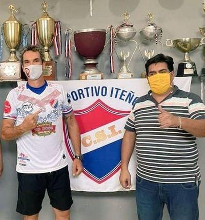 """Caffa se convierte en """"alfarero"""""""