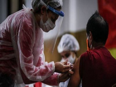 Dinavisa cree que el Estado traerá vacunas anti-Covid antes que privadas