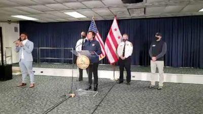 La cifra de víctimas fatales por el asalto al Capitolio de EEUU se elevó a cinco tras confirmarse la muerte de un policía