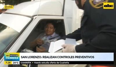 Policía Nacional controla uso de tapabocas en San Lorenzo