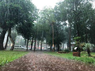 Anuncian una jornada con lluvias y tormentas