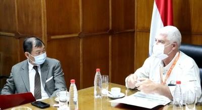 HOY / Embajador de Taiwán indaga sobre avance de obras en Tres Bocas
