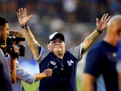 Justicia pide datos por la herencia de Maradona a su abogado y a 5 países