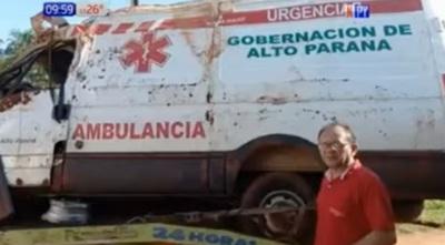 Niña de siete años fallece en vuelco de ambulancia