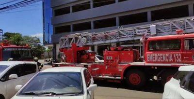 Principio de incendio en céntrico hotel de Encarnación