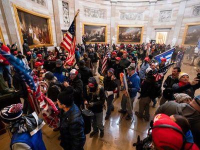 Embajada de EEUU reafirma compromiso democrático tras ataque al Capitolio