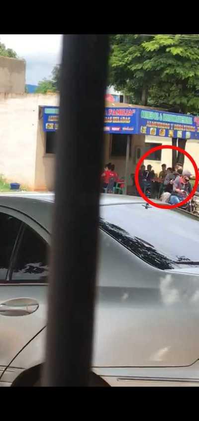Empleados fueron asaltados mientras almorzaban