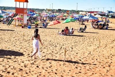 Vuelven el fútbol amateur y playas en zonas con baja tasa de casos