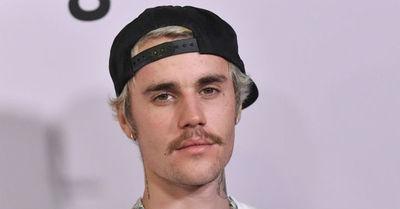 Justin Bieber cambia de iglesia tras el escándalo de infidelidad de su guía espiritual
