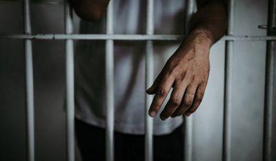 Hombre recibe condena de 27 años por feminicidio y violencia familiar