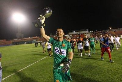 Bernardo Medina tiene nuevo club y vuelve al fútbol paraguayo