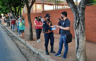 Policía realiza campaña de concienciación para uso de tapabocas