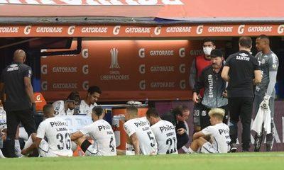 Boca espera explicaciones de la Conmebol tras positivos en Santos