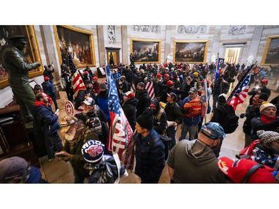 El asalto al Capitolio revela el alcance del privilegio blanco en EEUU