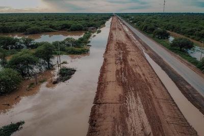 Loma Plata: restringirán tránsito de camiones pesados en la Transchaco debido a inundaciones