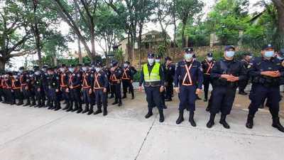 """Policía Nacional lanza el """"servicio verano"""" en San Bernardino"""