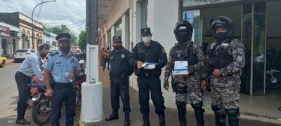 HOY / Con megáfonos, Policía Nacional realiza campaña a favor del tapabocas