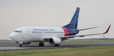 Indonesia: se pierde el contacto con un Boeing 737 con 62 personas